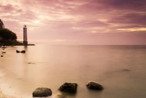 lighthouse-1377349